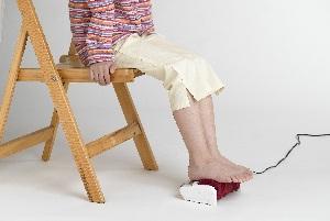 繊細に足裏をマッサージ